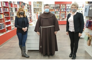 Otvorena nova Verbumova knjižara u Slavonskom Brodu