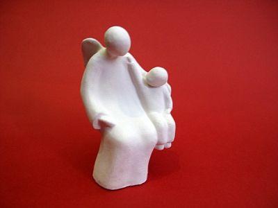 Anđeo prijatelj - sjedeća figura (14,5 cm)