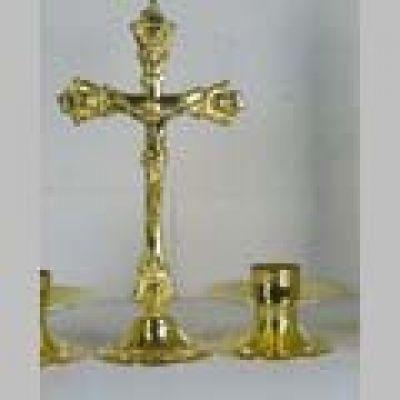 Križ s postoljem - 35 cm