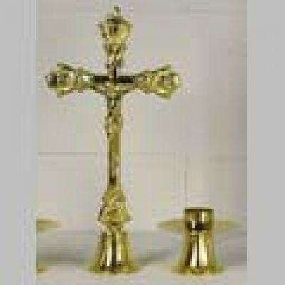 Križ s postoljem - 37 cm