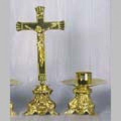 Križ s postoljem - 27 cm