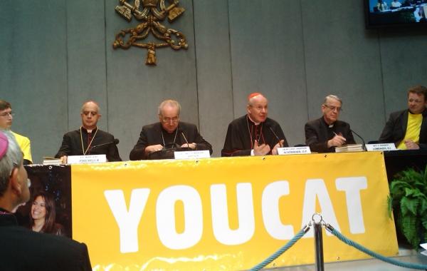 U Vatikanu predstavljeno i hrvatsko izdanje prvog Katekizma Katoličke Crkve za mlade YOUCAT-a