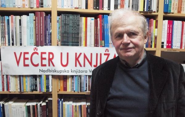 "Prof. dr. Josip Lisac gostovao na Verbumovom susretu ""Večer u knjižari"" u Zadru"